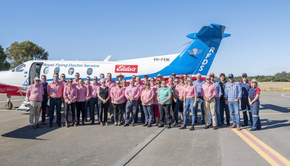 elders-and-rfds-staff-beside-rfds-plane-whiskey